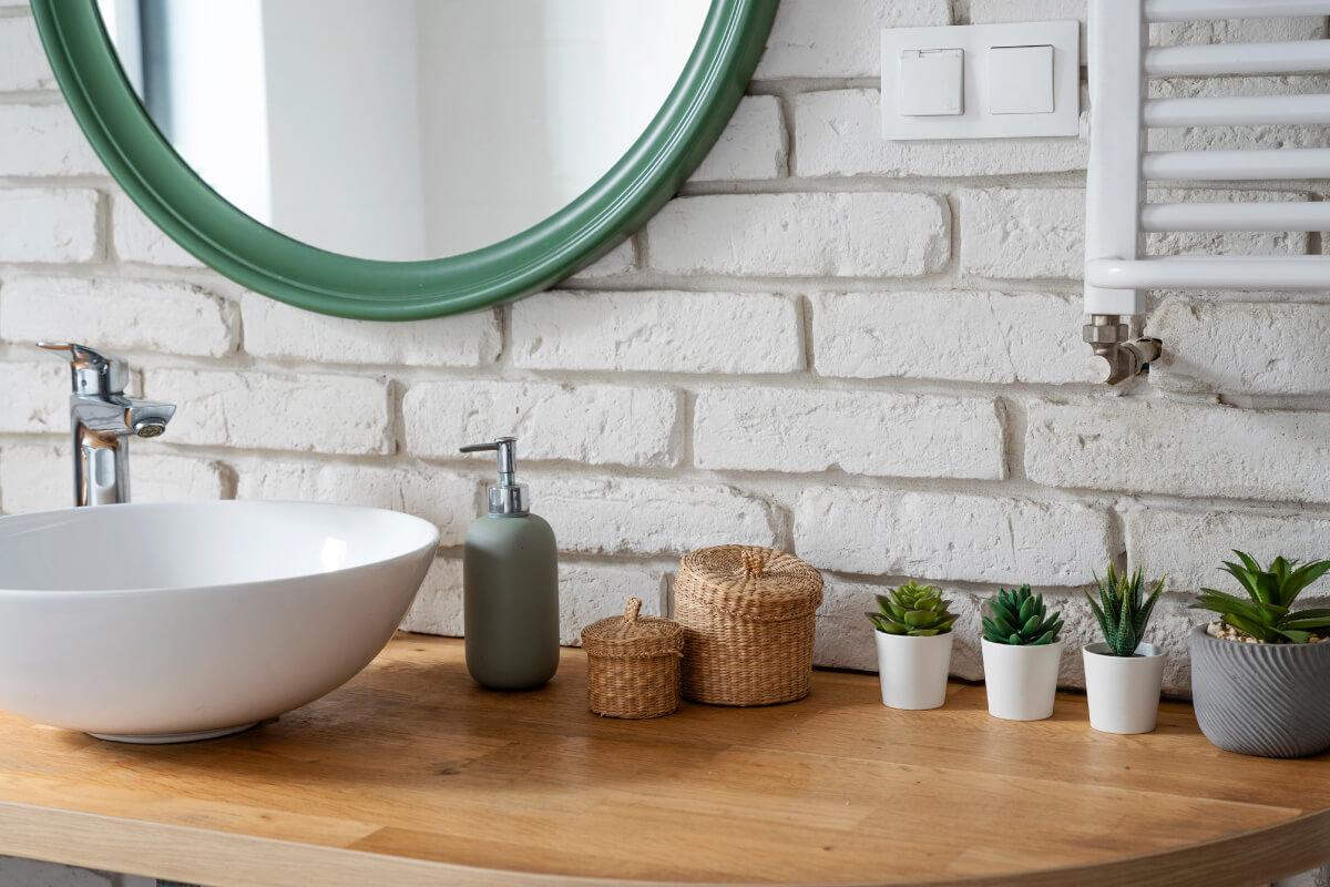 Scegliere il modello di lavabo per il bagno con le soluzioni in appoggio