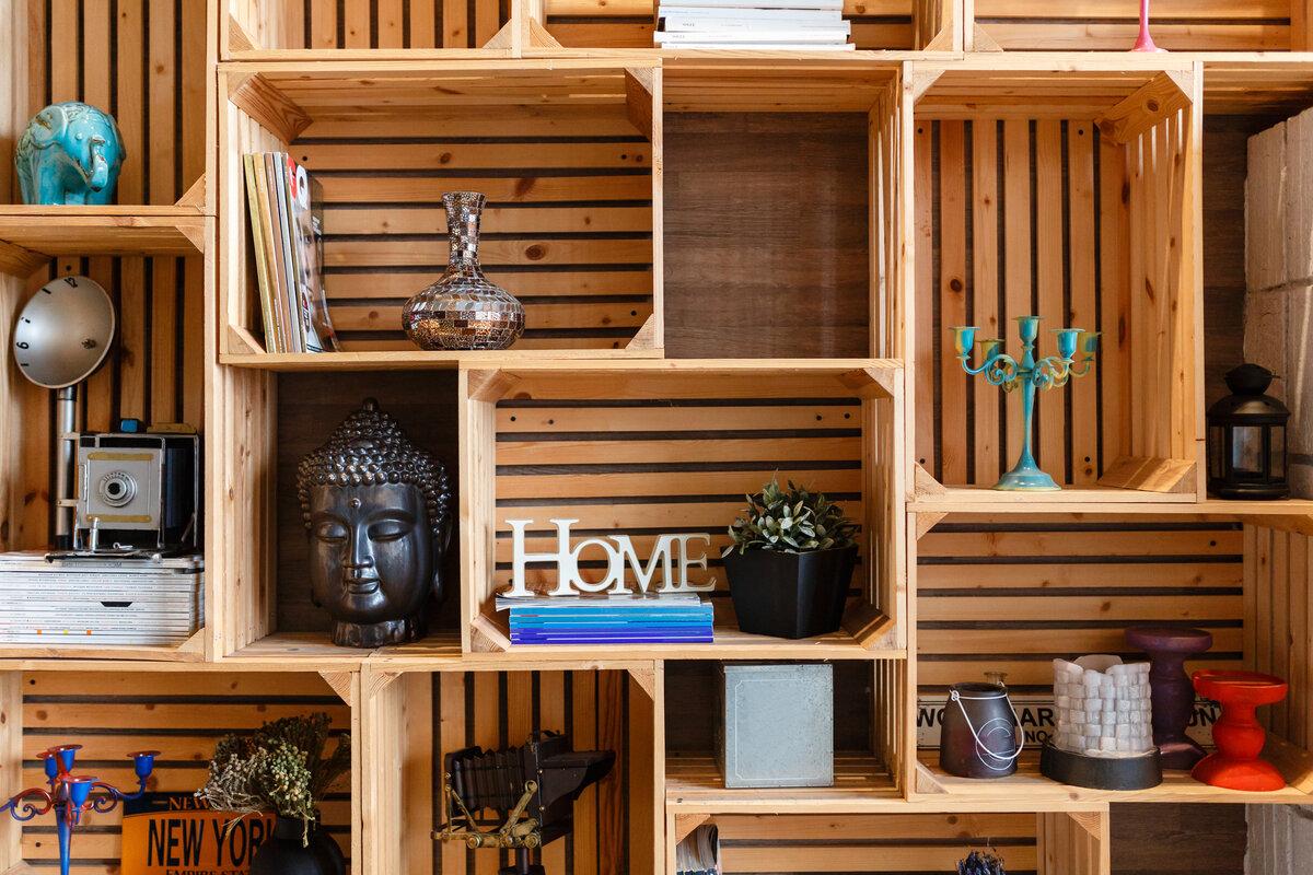 Trasformare cassette in legno in librerie - libreria