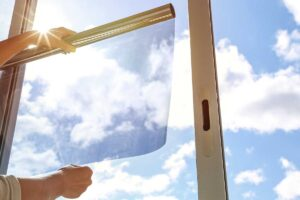 I pannelli solari trasparenti e la finestra fotovoltaica in Italia