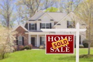 Perché le case vanno all'asta