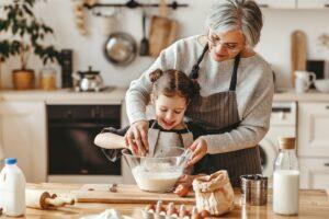 Risparmiare a casa: tre utili trucchi della nonna