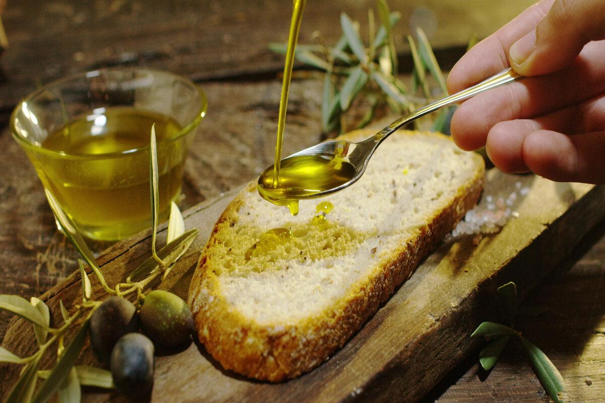 Grassi buoni nella dieta - olio d'oliva