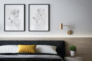 Rendere una stanza accogliente con quadri e cuscini