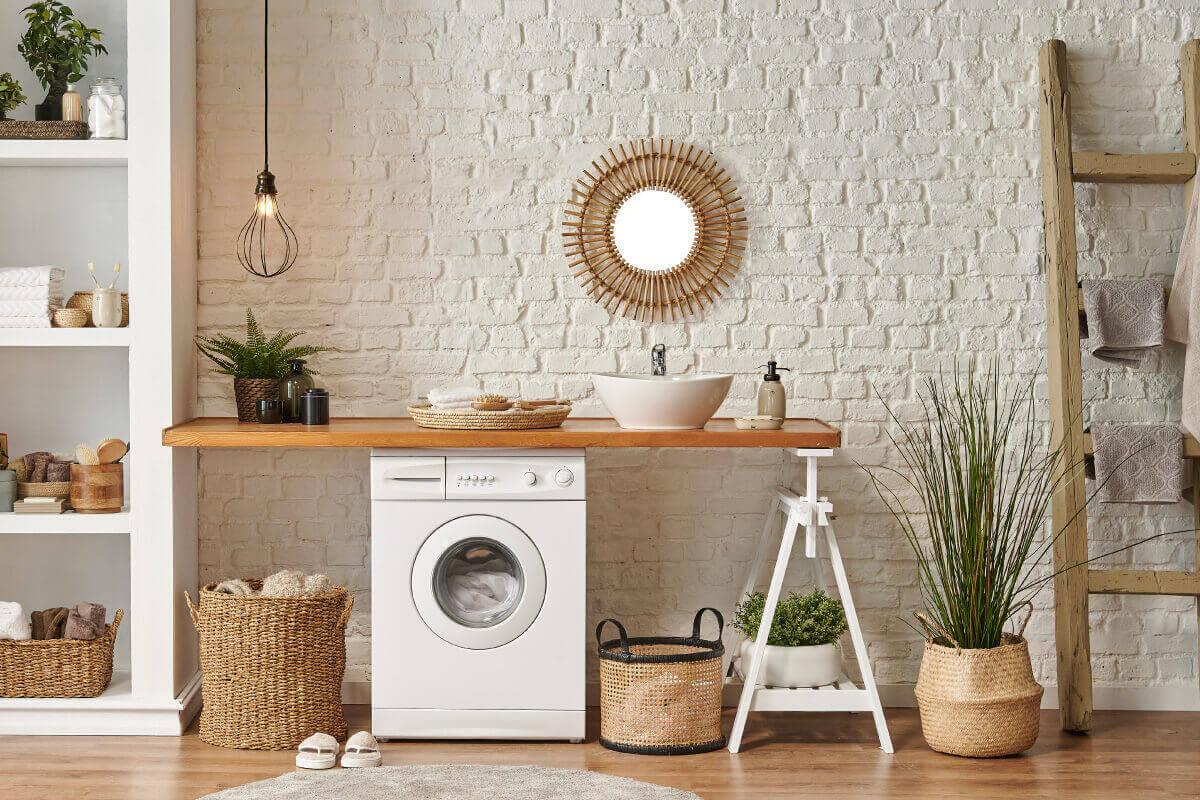 Ricavare uno spazio lavanderia in bagno sotto il lavabo