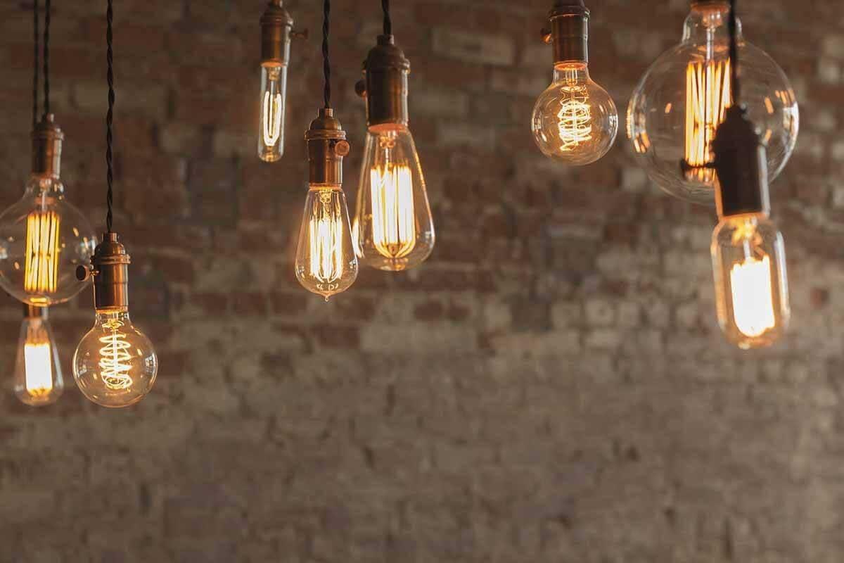 Come calcolare i kilowatt consumati dalle lampadine
