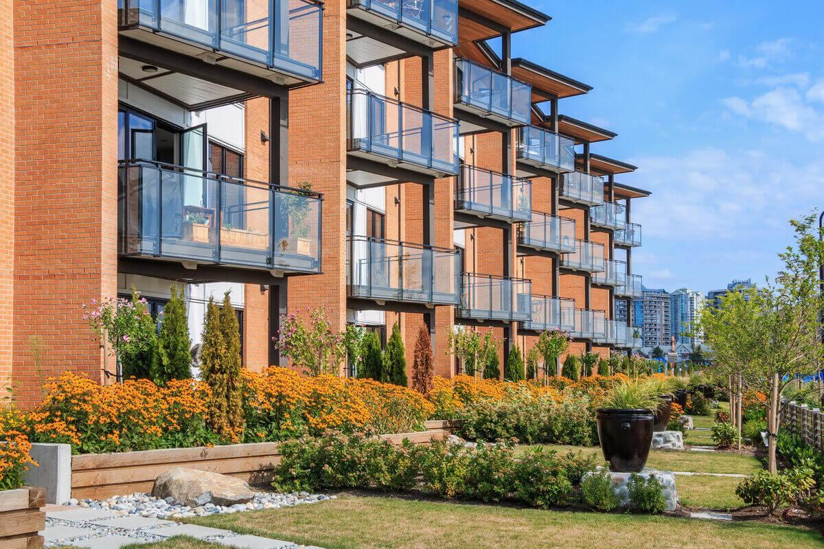 Vivere in appartamento - condominio moderno