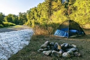 Campeggio e bivacco libero in Italia