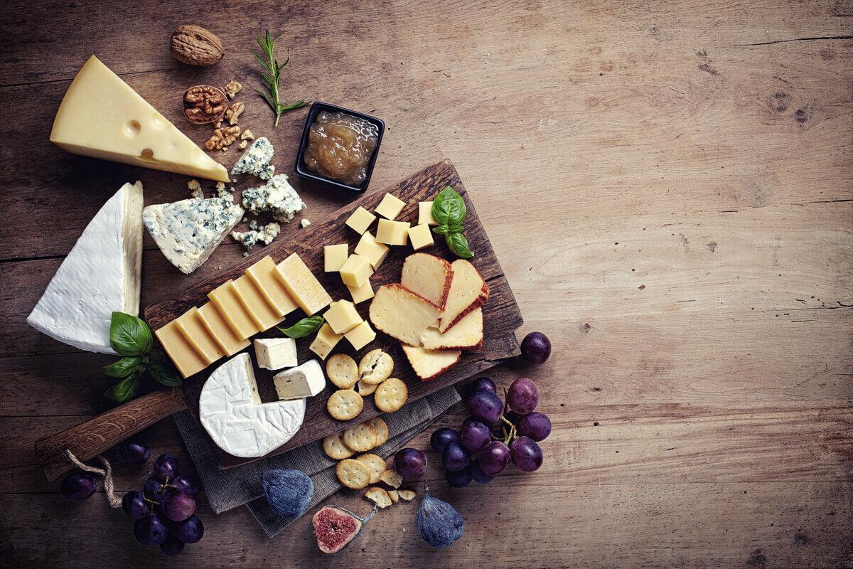 Colesterolo alto - tagliere di formaggi