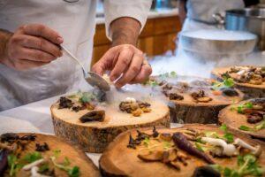 Come diventare chef? Iniziare un percorso di scuola di cucina