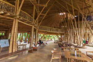 Le iniziative sostenibili nel mondo l'architettura in bambù di Ibuku, tra innovazione ecologica e sperimentazione