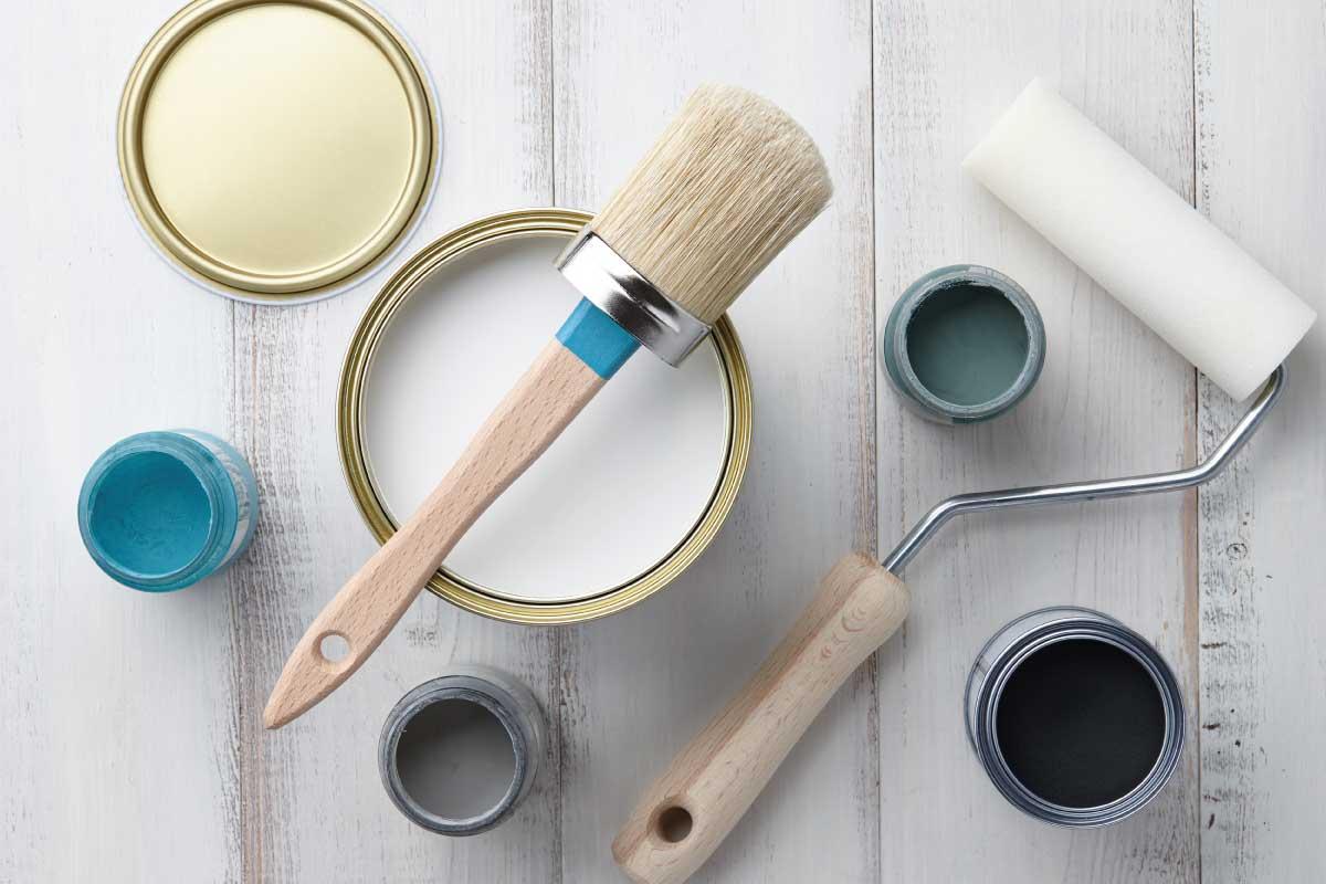 Quale pittura usare sul gesso e come usarla