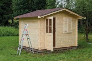 Come costruire una casetta di legno per gli attrezzi