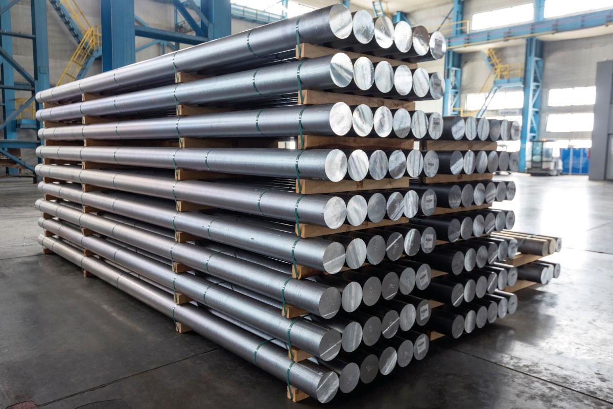 L'alluminio il costo delle materia prima valore più alto da 10 anni